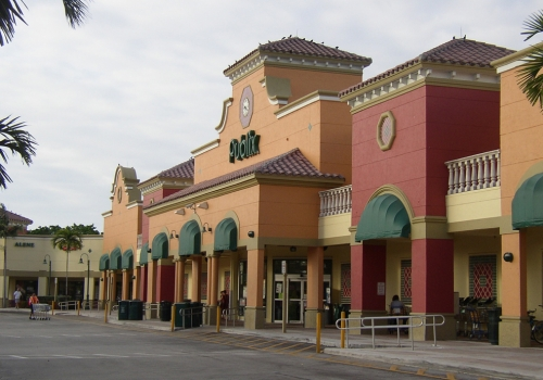 weston lakes plaza